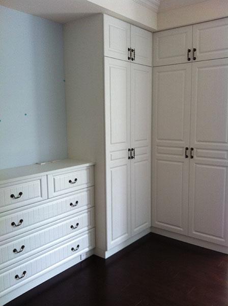 双开门衣柜 - 优克莱系统家俱